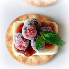 Beautiful, delicious, easy Christmas appetizer!!