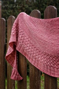Ravelry: Project Gallery for Powdersnow pattern by Lisa Hannes