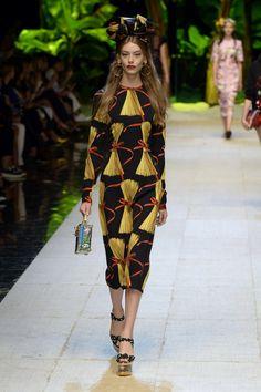 Dolce & Gabbana | Ready-to-Wear Spring 2017 | Look 15