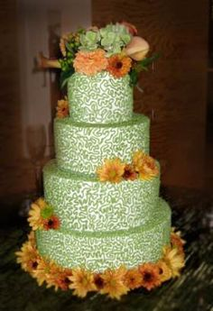 fall theme wedding cakes, autumn wedding cake, daisy carnations cake