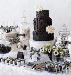 La estética Retro-glam, tambien se refleja en el diseño estético de las mesas dulces