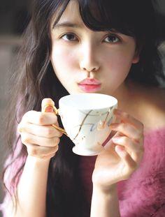 Ikuta Erika, Beautiful Japanese Girl, Sulli, Face Expressions, Pretty Asian, Kawaii Girl, Illustrations And Posters, Sexy Asian Girls, Pose Reference