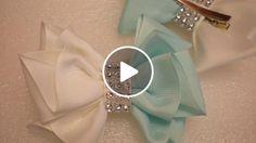 Crochet ideas that you'll love Flower Hair Bows, Diy Hair Bows, Diy Bow, Diy Ribbon, Ribbon Hair, Diy Photo Booth Props, Diy Stockings, Hair Bow Tutorial, Making Hair Bows