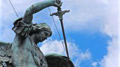 Roma - Castel Sant'Angelo - Statua dell'Arcangelo Michele
