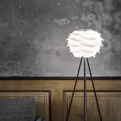 The Vita mini Carmina from Hus & Hem is designed in reference to the soft waves of the slow moving dunes of the many beautiful shorelines surrounding Denmark. Cleverly designed to give a soft light without the glare of the bulb, Carmina is ideal to hang individually, in a cluster, or a row. This versatile shade can also be mounted on a table or floor lamp base too.