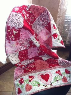I love the idea of doing something like this around the edge of a quilt