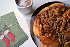 Have freshly baked cinnamon buns for brekkie—without sacrificing sleep. - EatSavvy Blog