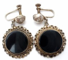Mexican Sterling Silver Black Onyx Dangle Screwback Earrings AHS 925 Art Deco   This is a pair of handmade sterling silver art deco pierced earrings with round black onyx gemstones.   They measure 1.5 inches long and are .88 each wide.   These earrings are hallmarked AHS 925 Hecho en Guad Mex. Plata., weigh 9.9 grams and are in great condition, please see pictures. Jewelry & Watches, Vintage & Antique Jewelry, Fine