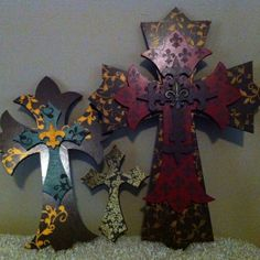 Crosses... Crosses... Crosses...
