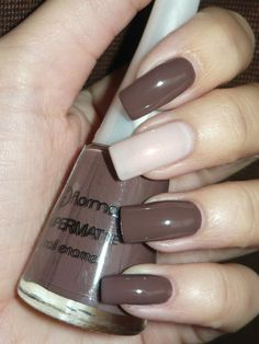 Nail Polish Colors, Manicure And Pedicure, Beauty Trends, Makeup Cosmetics, Make Up, Nail Art, Snow Queen, Diy, Chocolates