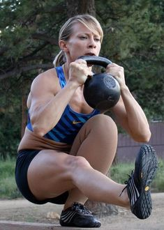 I have been trying to master the pistol squat for MONTHS. If you can do this, you get a very slow clap from me.