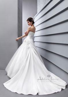 Wedding dress Bergamo by Atelier Ivoire