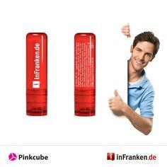 Mit weißer Farbe druckten wir das Logo von inFranke.de auf die Lippenbalsamstifte und lieferten diese innerhalb angegeben Zeit an den Auftraggeber aus. Der Fränkische Tag ist eine der größten Tageszeitungen Oberfrankens und hat seinen Sitz in Bamberg. Die verkaufte Auflage beträgt 64.307 Exemplare, ein Minus von 14 Prozent seit 1998. Die Website inFranken.de gehört zu einer der meistbesuchten Seiten in Franken.