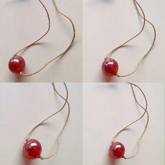 El collar de una bola / one ball necklace #collar#necklace#handmade#artesanal#color#colour #accesorio#accessory#spring#primavera#tiendaonline#onlineshop #abasappa#diseñadoramoda#fashiondesigner #patriciachavarri#artist#artista#fashionblogger#blogger#art#arte #diy#fashion#moda#bisuteria#jewelry#fashiondesign#diseñomoda #cool-hunter