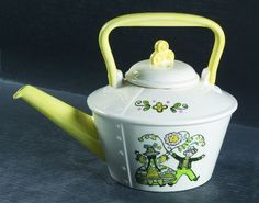 "Metlox ""Happy Time"", tea pot."