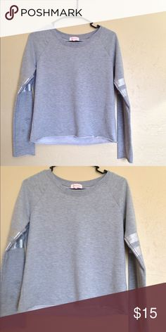 ❤️Nameless Sweater❤️ Excellent condition. Size small. No rips, stains or tears. Nameless Sweaters Crew & Scoop Necks