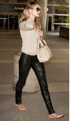 Rosie Huntington-Whiteley in leather pants.  #effortless #weekend #casual #chic #style #outfit #fashion #modern #simple #knits #leatherpants #flats #neutrals #handbag #onthego #errands