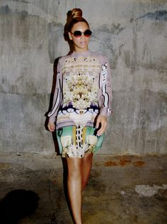 Beyonce Slays ANOTHER Dress! (PHOTOS)