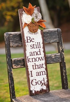 scripture signs Love this! Pallet Crafts, Pallet Art, Pallet Signs, Wooden Crafts, Pallet Wood, Wood Projects, Craft Projects, Projects To Try, Crafts To Make