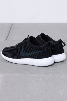 Nike Sportswear - Nike Roshe Two Flyknit
