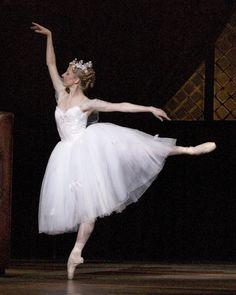 ballet pictures   Boston Ballet - La Sylphide - Ballet Photo (399534) - Fanpop fanclubs