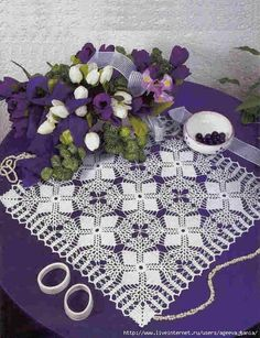Discover amazing things and connect with passionate people. Crochet Squares, Crochet Motif, Irish Crochet, Crochet Designs, Crochet Doilies, Crochet Flowers, Knit Crochet, Crochet Patterns, Crochet Curtains