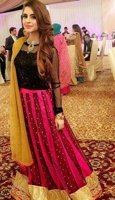 haya niazi ❤❤❤❤ Pakistani Party Wear, Pakistani Bridal Dresses, Pakistani Outfits, Indian Dresses, Indian Outfits, Shadi Dresses, Stylish Dresses, Casual Dresses, Fashion Dresses