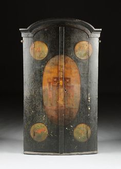 A DUTCH BAROQUE STYLE PAINTED HANGING CORNER CABINET, 20TH C