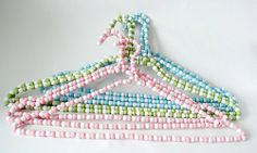 Wire Hanger Crafts easy gift for friends or mom