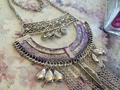 collier ethnique style oriental argent et mauve pailleté : Collier par martiromance