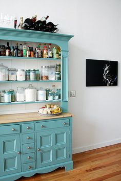 Turquoise painted hutch, functional, and adds lots of color! Kitchen Decor, Decor, Furniture, Furniture Makeover, Home, Interior, Kitchen Design, Diy Furniture, Home Decor
