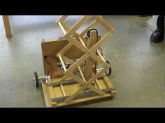 Student Robotics - ThunderBots - Scissor Lift prototype with pulley system V01 - YouTube