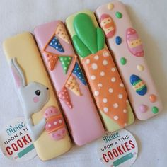 Cookie sticks for Easter. Gelato colours are wonderful to decorate… Cookie sticks for Easter. No Egg Cookies, Galletas Cookies, Fancy Cookies, Iced Cookies, Easter Cookies, Holiday Cookies, Cupcake Cookies, Sugar Cookies, Cupcakes