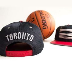 Toronto 'Back Board' Lacer