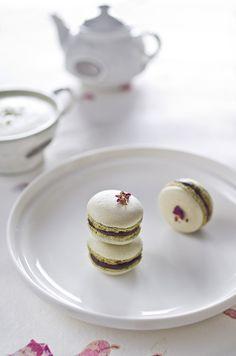 Matcha Green Tea Macarons #food #dessert