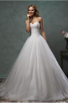 wunderschönes Kleid, perfekte Corsage, schlicht aber nicht zu sehr