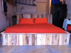 Pallet bed contemporary furniture