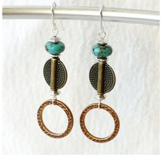 Mixed+Metals+Earrings+Turquoise+Earrings+por+connectionsbymaya