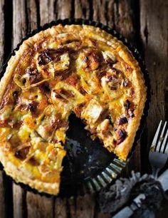 'n Rolletjie deeg in die vrieskas is altyd 'n wenner. Quiche Recipes, Snack Recipes, Dessert Recipes, Cooking Recipes, Snacks, Kos, Good Food, Yummy Food, Tasty