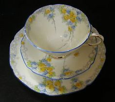 ART DECO hand painted Paragon China 'Summer Roses' tea cup trio