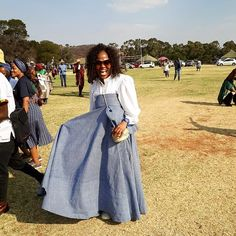 HOW TO WEAR SESHOESHOE TRADITIONAL WEDDINGS ATTIRE? Traditional Wedding Attire, Traditional Weddings, Traditional Fabric, Blouse And Skirt, African Dress, Trousers, Gowns, Skirts, How To Wear
