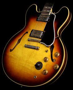 37 best vintage guitars images bass guitars cool guitar gibson rh pinterest com