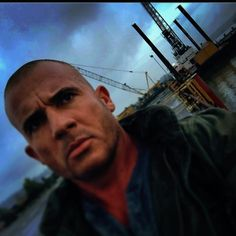 one day at a time. Dominic Purcell, Dc Legends Of Tomorrow, Prison Break, Dc Comics, Cinema, Fictional Characters, Instagram, Movies, Fantasy Characters