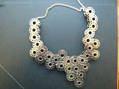 #Ketting van naaimachine spoeltjes - Natalie Sampson Designs