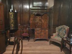 Royal Ontario Museum Royal Ontario Museum, Furniture, Home Decor, Decoration Home, Room Decor, Home Furnishings, Home Interior Design, Home Decoration, Interior Design