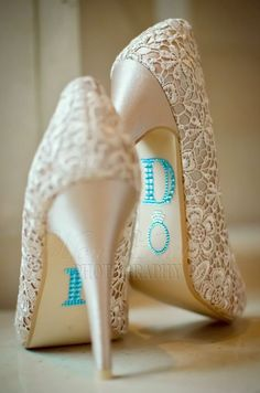 Sapato da noiva com renda