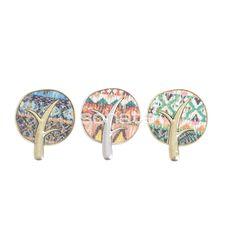 Broches etnicos cool estampados en colores en www.sonatachic.com #eticno #pulseras #cool #ethinc #sonata #chic #bisuteria #snt #moda #fashion #tendencia #collares #gargantillas #anillos #outfits #complementos cubrebotas #joyas #broches #tobilleras  #bolsas #expositores #llaveros #accesorios #pelo #gemelos