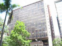 Torre Europa, El Rosal, Caracas. Arquitectos Moisés Benacerraf, Carlos Gómez de Llarena y Manuel Fuentes