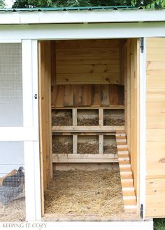 Build a shed roof over nesting boxes to keep the girls from perching in egg-laying area {Keeping It Cozy Blog}