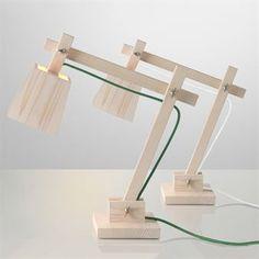 Während die meisten Tischleuchten-Designer nach High-Tech streben, konzentrierten sich Gabriella Gustafson